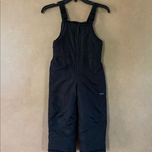 Osh kosh black snow suit overalls